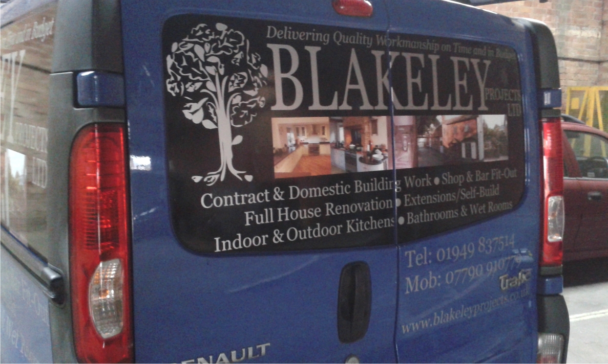 Photographic images on vehicle graphics